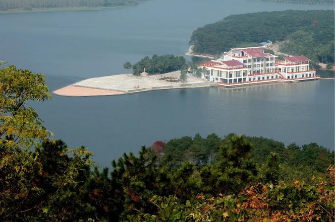 白鹭岛国际生态旅游度假村( egret island   resort)